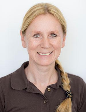 Jutta Schermer, Teamassistenz